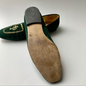 Nine West Shoes - Nine West green flats with beautiful gold detail